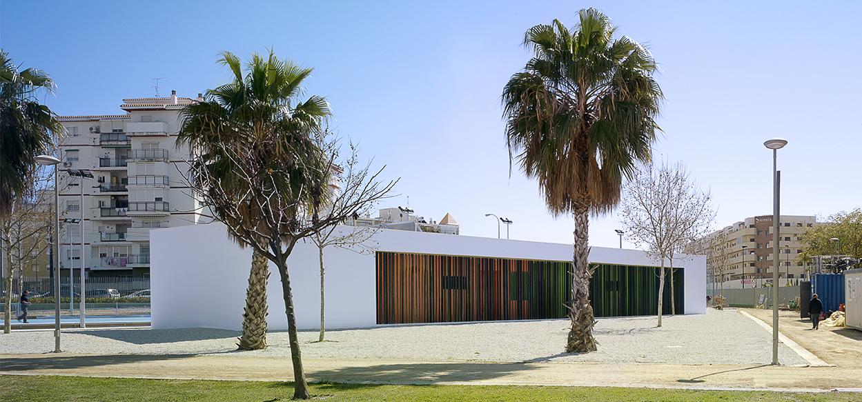 EdificioVestuariosPistasDeportivasParqueMariaZambrano-05